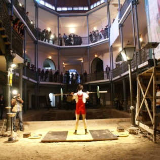 "COMPETITION PHASE: STARTING PERFORMANCE / 2009, exhibition ""Artisterium 09"", KARVASLA Historical Museum Tbilisi // photo by Irina Khucishvili"